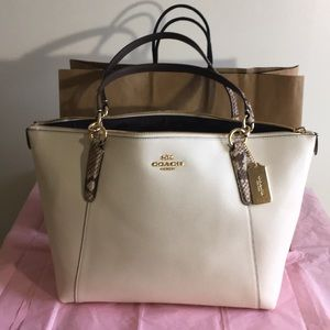 Coach Ava tote bag NWOT